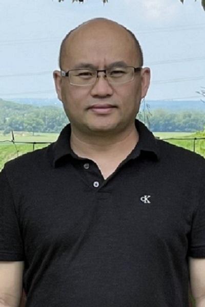 Lu Ren (cropped)